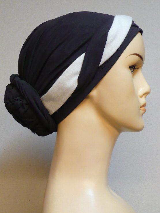 Brązowy turban z kremowo-brązową plecioną dekoracją