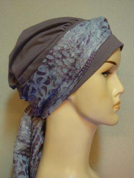 Wrzosowa chusta - modny wzór z dekoracją
