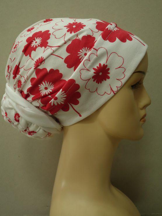 Turban biały w czerwone kwiaty