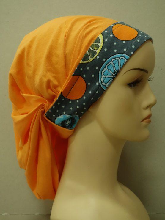 Pomarańczowa chusta z kolorowym rantem