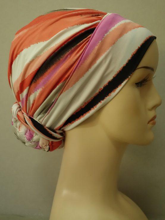 Kolorowy drapowany turban we wzory