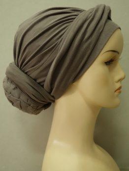 Ziemia drapowany turban z dekoracją