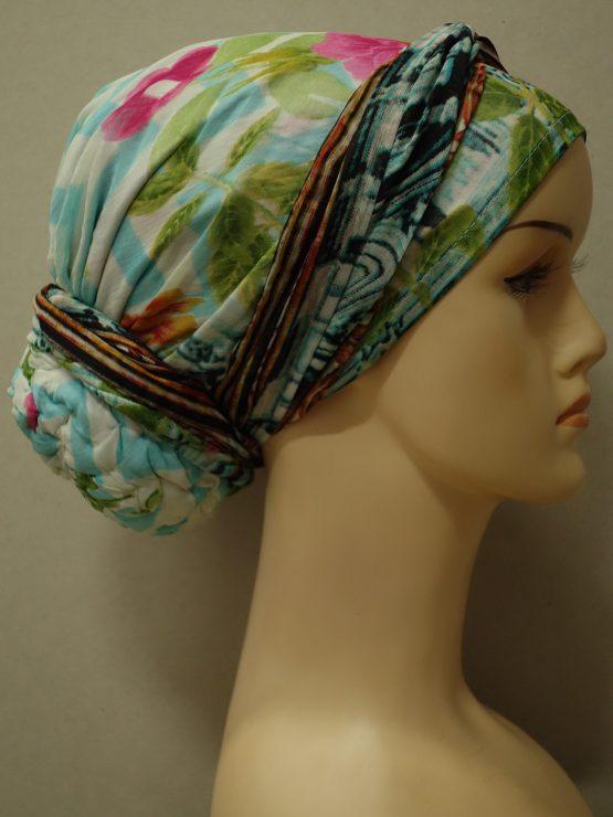 Kolorowy turban w kwiaty