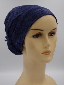 Granatowy turban wykończony koronką