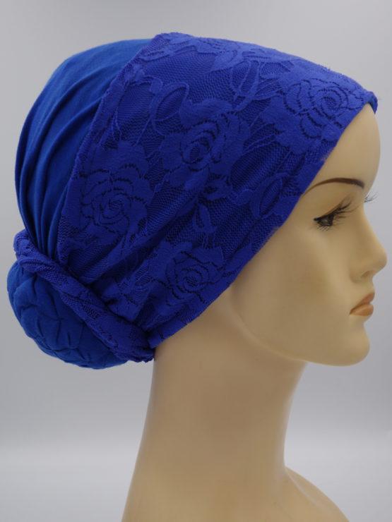 Niebieski turban z koronką