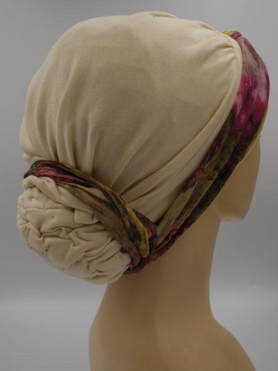 Budyniowy drapowany turban z dekoracją