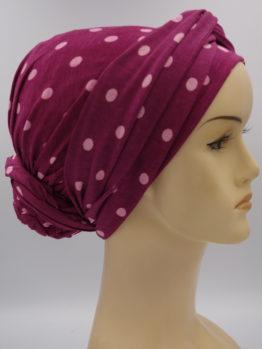 Jagodowy turban w grochy