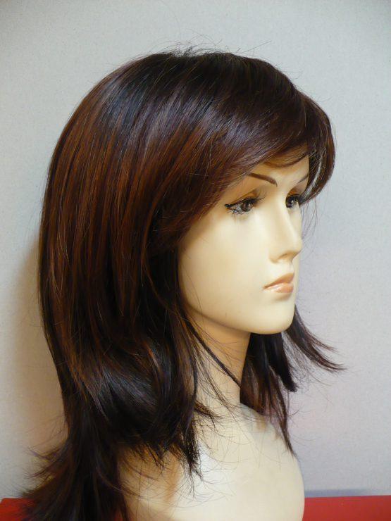 Długa peruka orzechowa wycieniowana