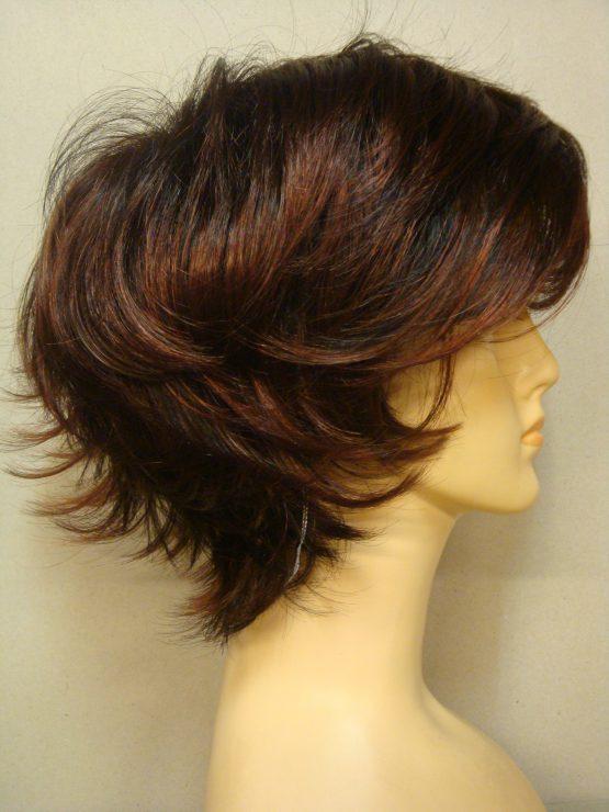 Krótka peruka brąz z rudawymi pasemkami wycieniowana