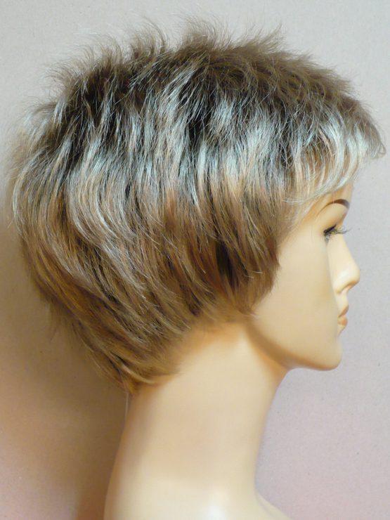 """Krótka peruka jasny blond na ciemniejszym spodzie """"jeżyk"""""""