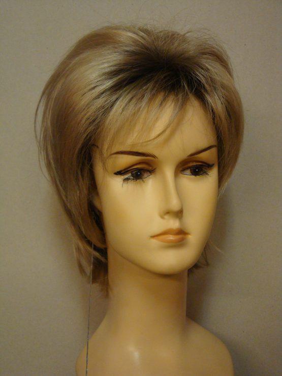 Krótka złoty blond na ciemniejszej podstawie