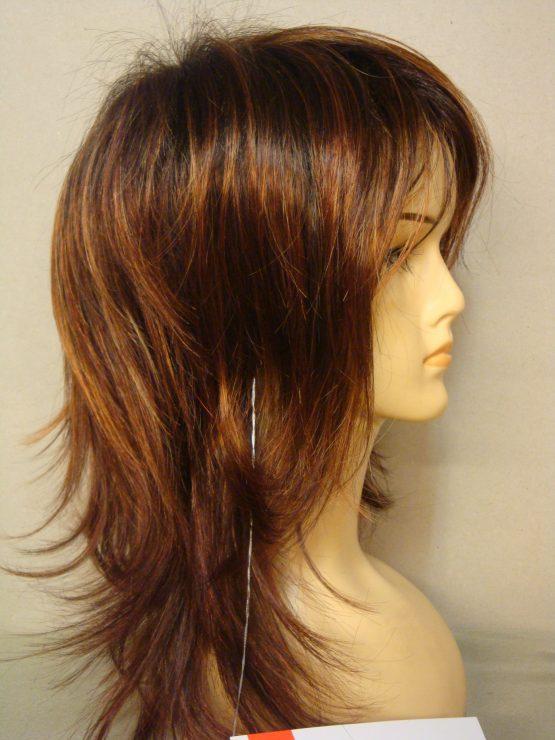 Długa peruka w kolorze rudym z pasemkami