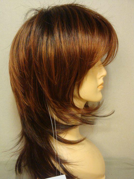 Półdługa peruka w kolorze rudym