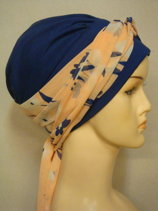 Granatowa chusta modny wzór z kolorową dekoracją