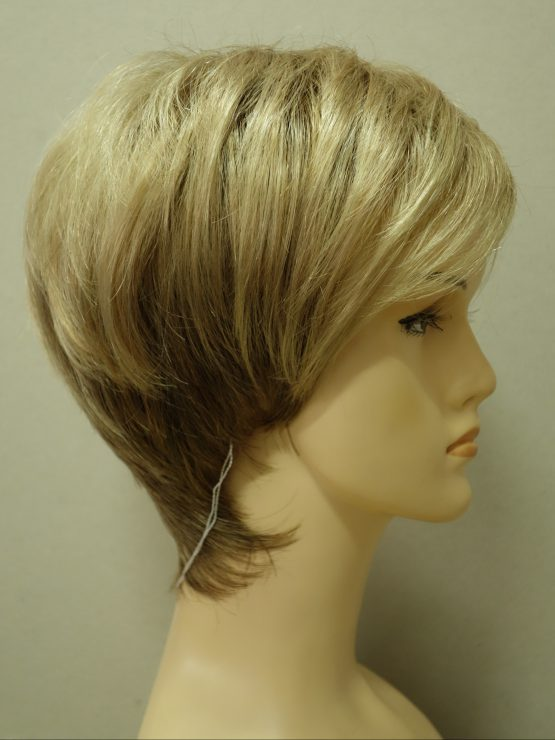 Krótka peruka złoty blond asymetryczna