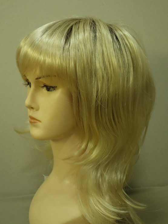 Długa peruka jasny blond pocieniowana na końcach