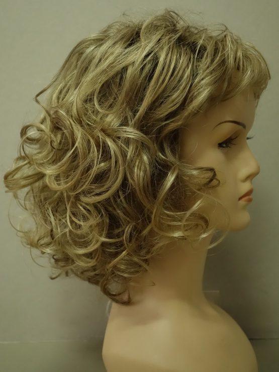 Półdługa peruka blond kręcona
