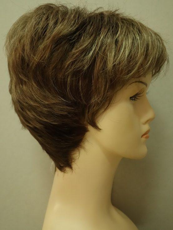 Krótka peruka ciemny blond z jaśniejszą grzywką