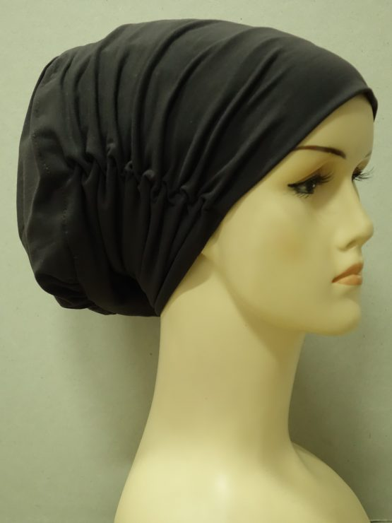 Brązowa drapowana czapka