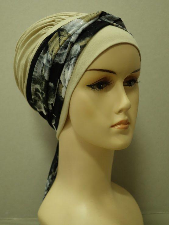 Beżowa chusta modny wzór z dekoracją