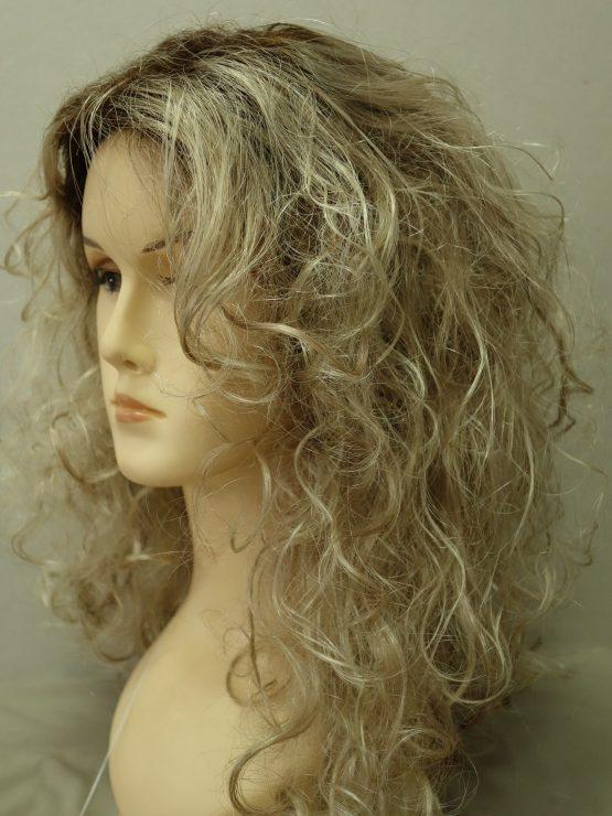 Półdługa peruka burza blond loków
