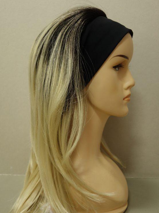 Długa peruka blond na ciemniejszej podstawie na opasce