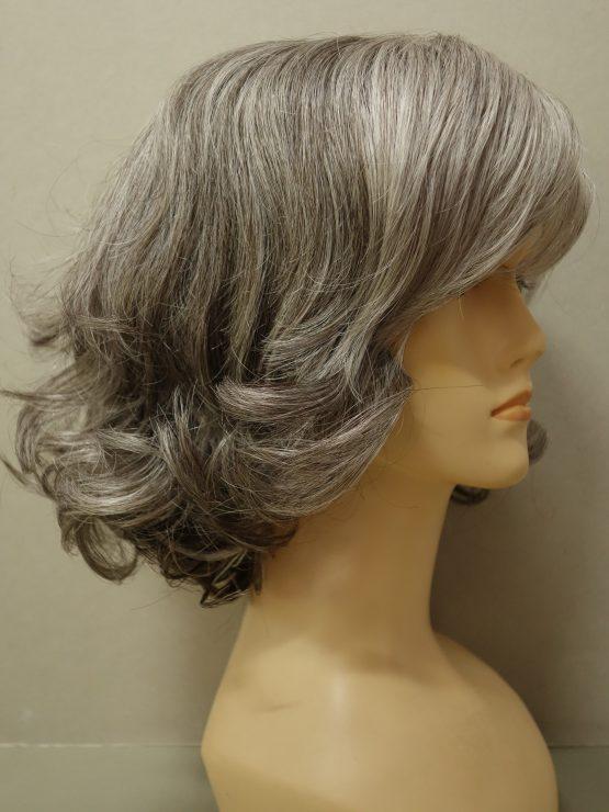 Krótka peruka siwa kręcona na końcach