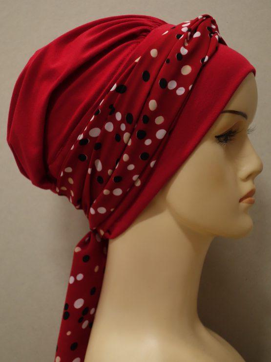Czerwona chusta modny wzór z dekoracją w groszki