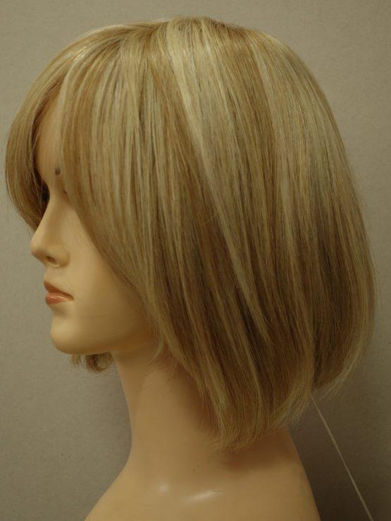 Krótka peruka naturalna blond z refleksami