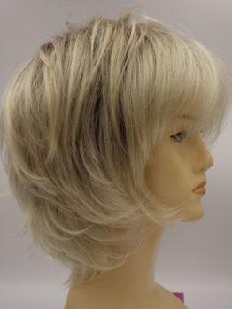 Krótka peruka jasny blond wycieniowana
