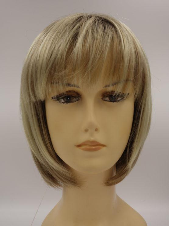 Krótka peruka blond na ciemniejszym spodzie