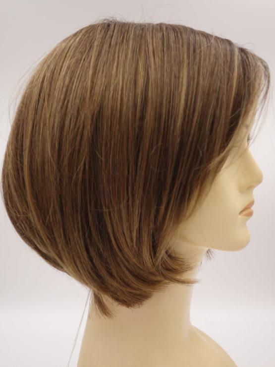 Krótka peruka różne odcienie brązu na ciemniejszej podstawie