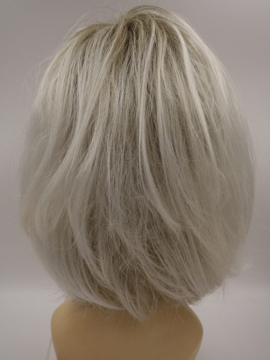 Półdługa peruka biały blond pofalowana