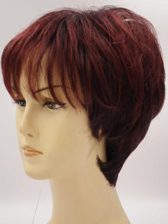 Krótka peruka w różnych odcieniach rudości