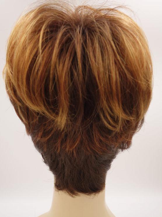 Krótka peruka różne odcienie rudości na ciemniejszym tle