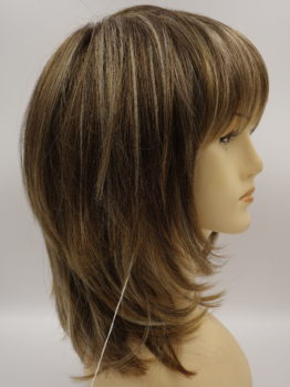 Półdługa peruka brąz z refleksami