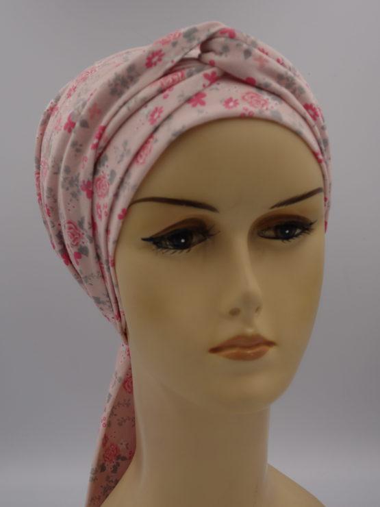 Różowa chusta autorska z dekoracją