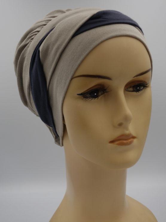 Popielaty-beż modna czapka