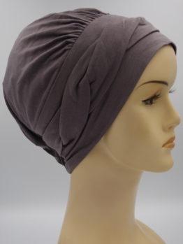 Ciemny wrzos modna czapka