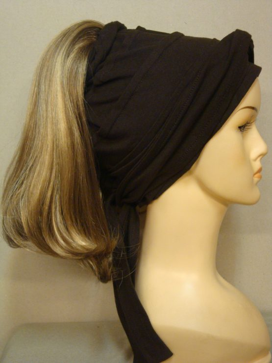 Włosy na opasce - półdługi ciemny blond z jaśniejszymi refleksami