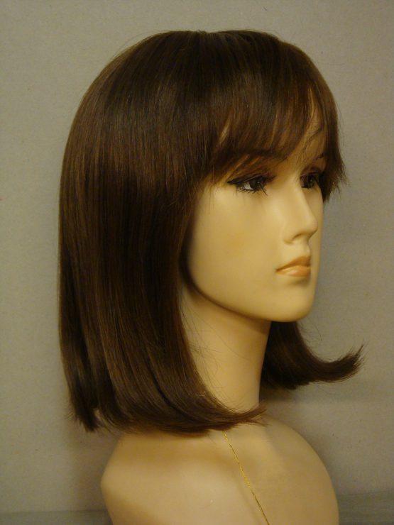 Półdługa peruka z włosów naturalnych ciemny blond