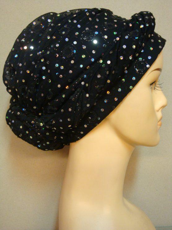 Czarny turban w cekiny