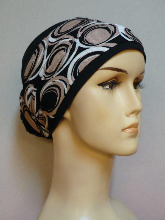 Czarny turban z dekoracją w koła