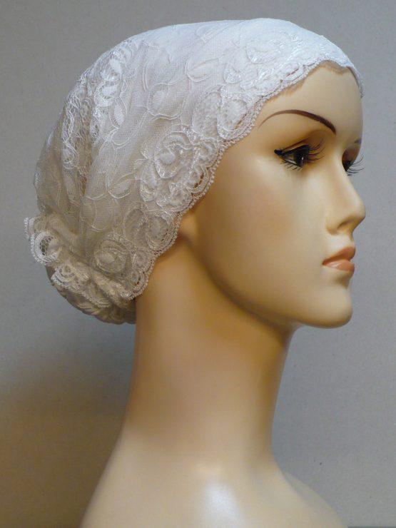 Ecru turban z koronką