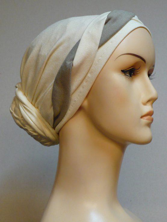 Waniliowy turban z plecioną dekoracją