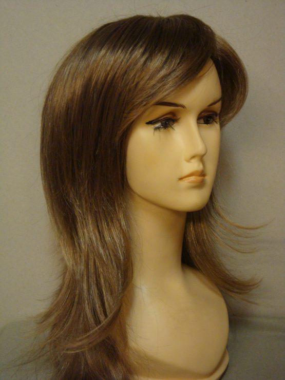 Półdługa peruka w kolorze złotego blondu