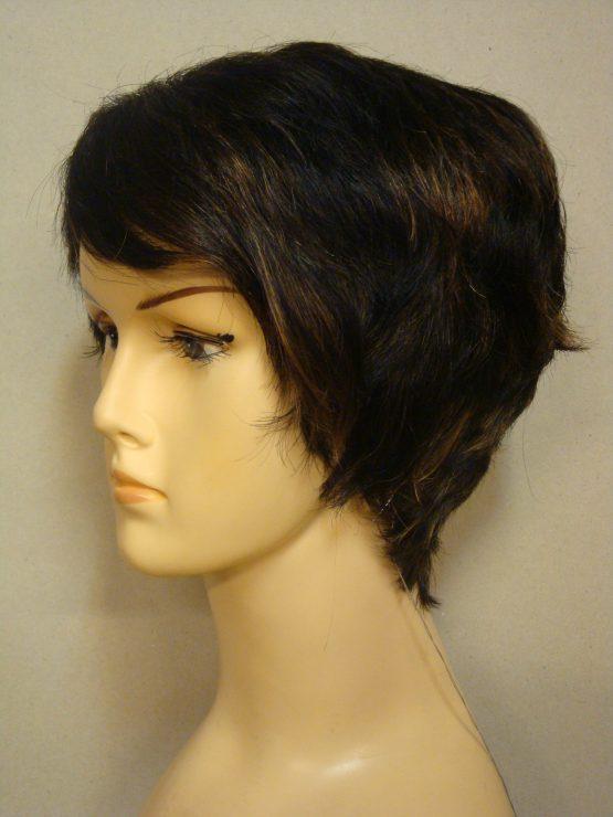 Krótka naturalna peruka ciemny brąz z jaśniejszymi pasemkami