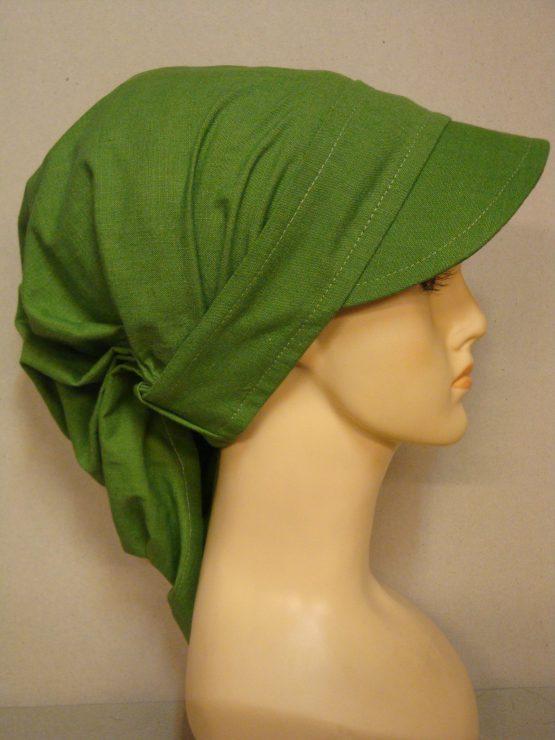 Zielona chusta z daszkiem