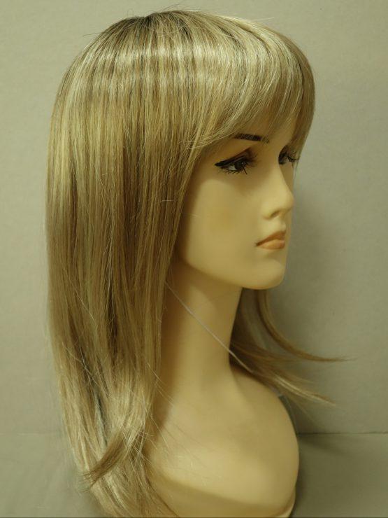 Półdługa peruka blond