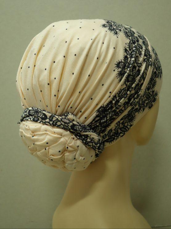 Morelowy turban w kwiaty